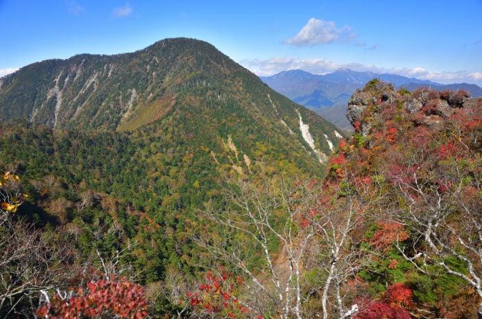 紅葉の皇海山