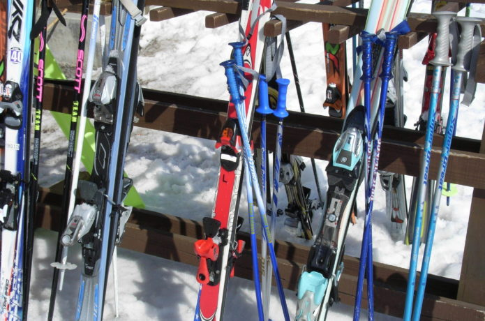 スキー板の並び