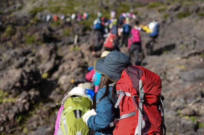 山登りツアー