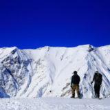 雪山の頂上
